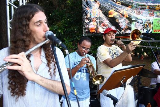 Flauta e Metais Limeira na Praça