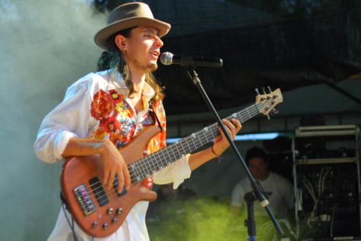 Max no Baixo em Laranjal Paulista